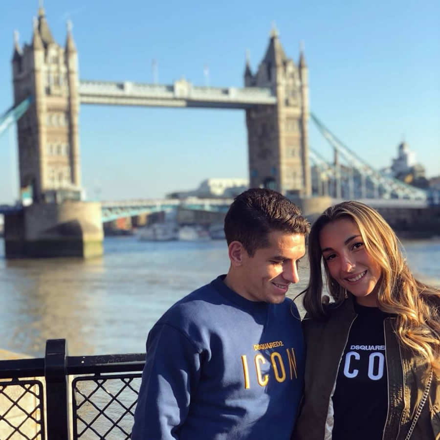 Lucas Torreira in London with his girlfriend (Photo: Vittoria Repetto / Instagram)