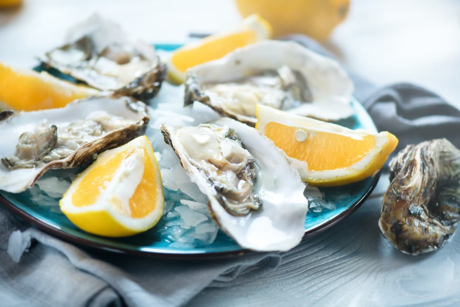Oysters (Photo: Adobe Stock)