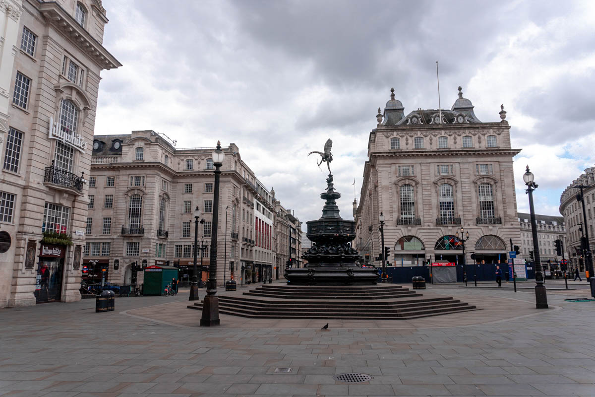 A popular photo spots with tourists, the Shaftesbury Memorial Fountain at Piccadilly Circus, is completely deserted